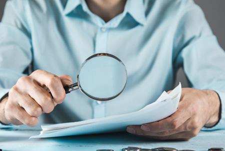 Cláusula de seguro exclui cobertura para furto simples sem explicar